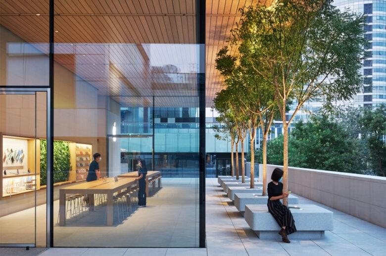 Apple_Sanlitun-Beijing-opening-exterior-and-interior-07162020-780x517