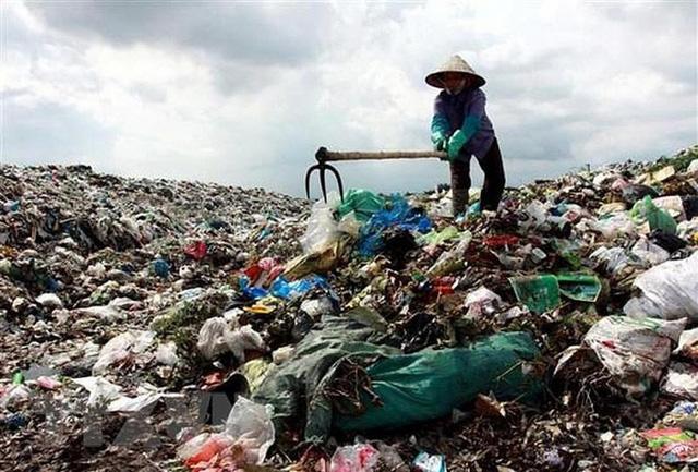 Hà Nội yêu cầu Sở Xây dựng khẩn trương đấu thầu, xử lý 560m3 nước rỉ rác tại Nam Sơn. Ảnh: Internet.