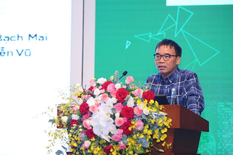 KTS Phan Đăng Sơn – Tổng biên tập Tạp chí Kiến trúc chia sẻ tại hội thảo