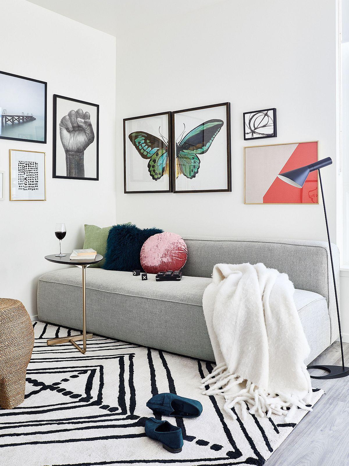 Màu trung tính của sofa có thể kết hợp hài hòa với các gam màu khác