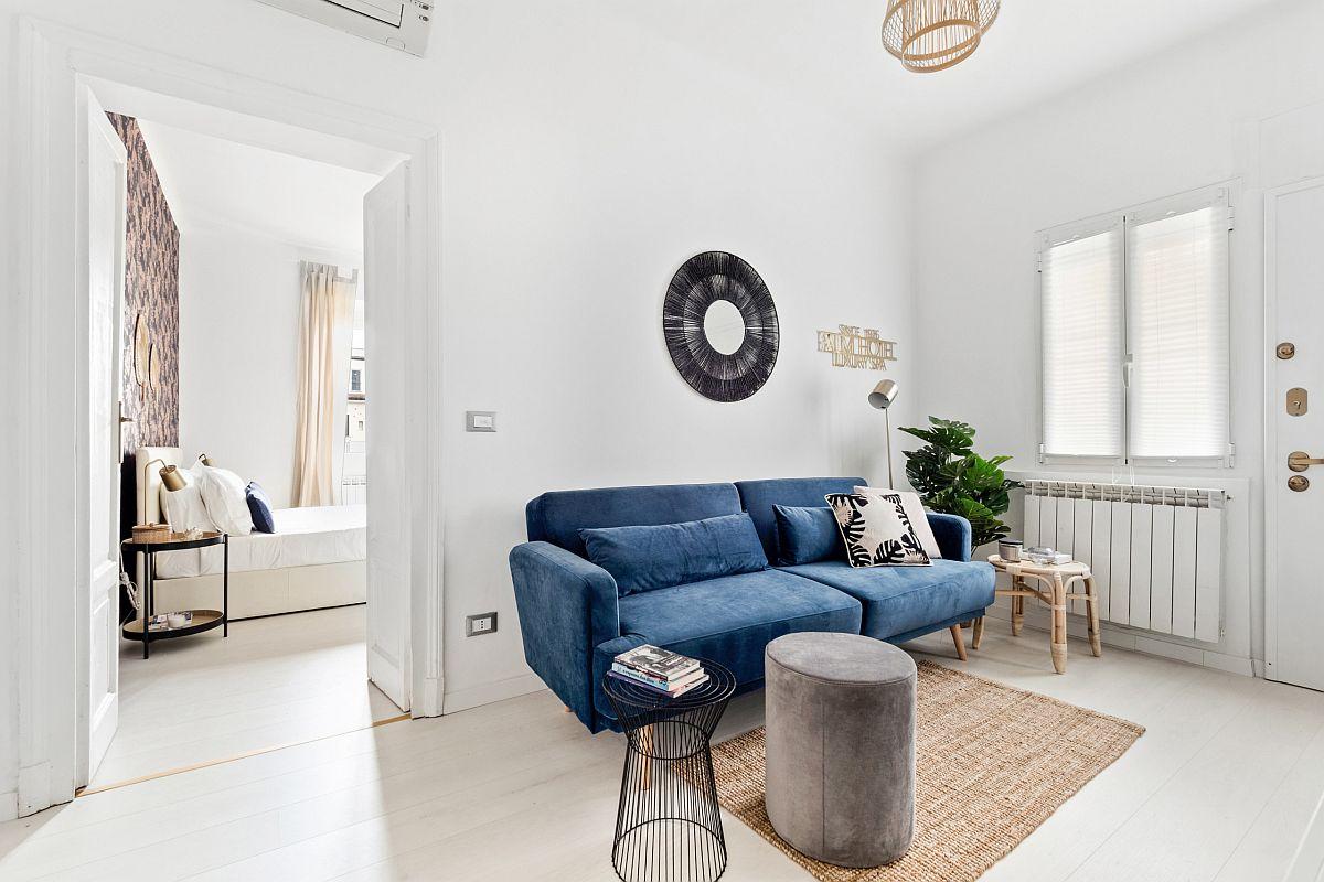 Bạn có thể lựa chọn sofa với gam màu mà mình yêu thích, hài hòa với tông nền