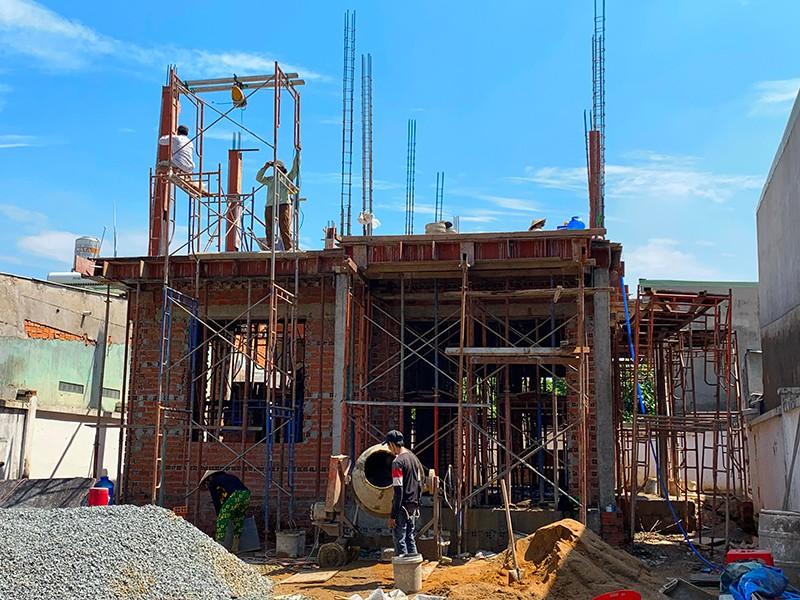 Theo Sở Xây dựng, mẫu bản vẽ mới sẽ đơn giản hóa thủ tục cấp giấy phép xây dựng nhà ở riêng lẻ trên địa bàn TP. Ảnh minh họa: VIỆT HOA