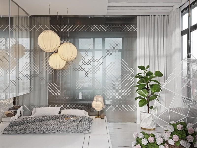 Phòng ngủ lãng mạn, thu hút ánh sáng nhờ bức màn làm bằng vải dệt kim.