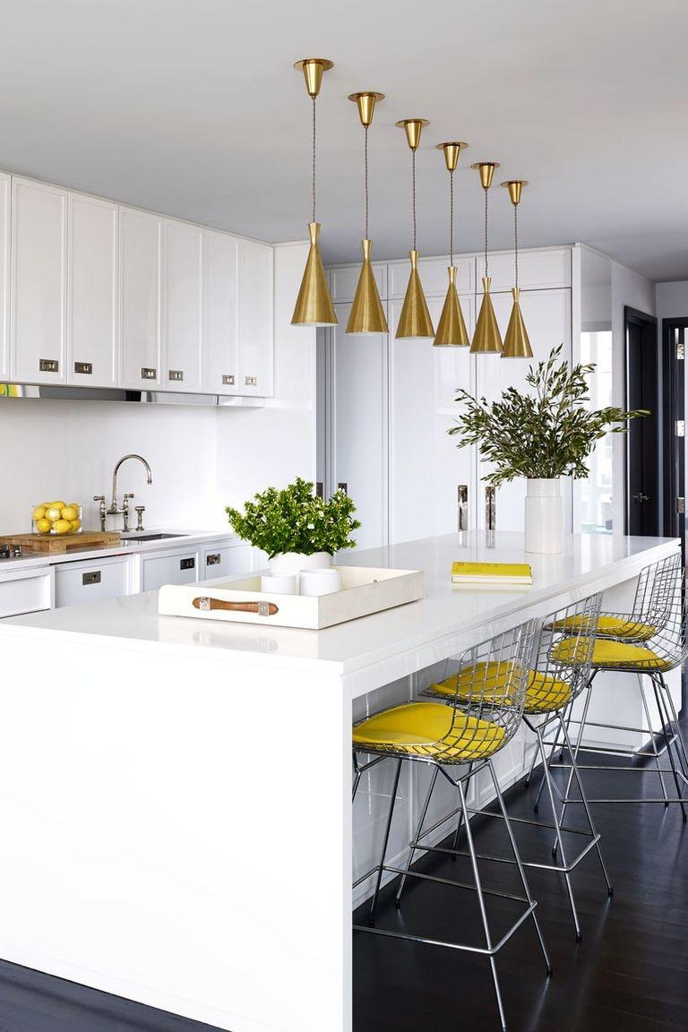 Đảo bếp tăng diện tích sử dụng cùng vẻ đẹp hiện đại cho không gian nấu nướng