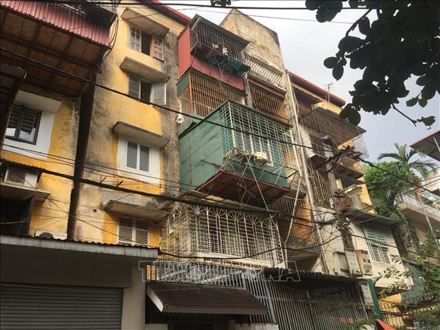 Dẫn đầu danh sách các chung cư cũ là Hà Nội với 1.579 nhà chung cư. Ảnh tư liệu: Minh Nghĩa/TTXVN