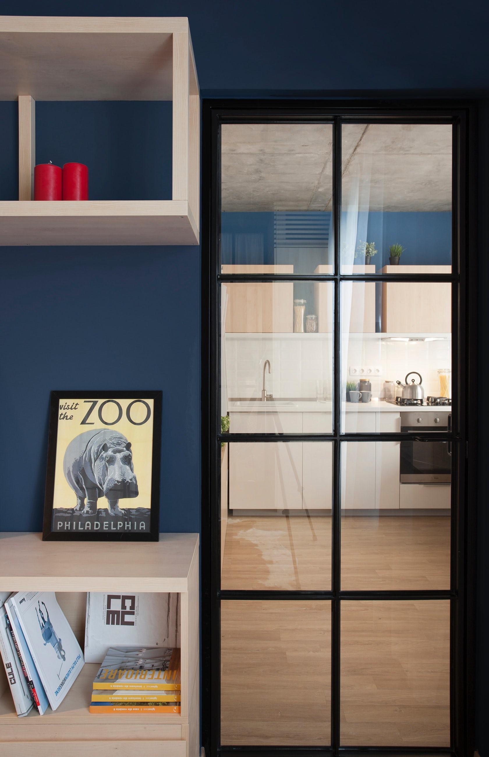 Cửa kính được dùng làm căn nhà trở nên rộng hơn