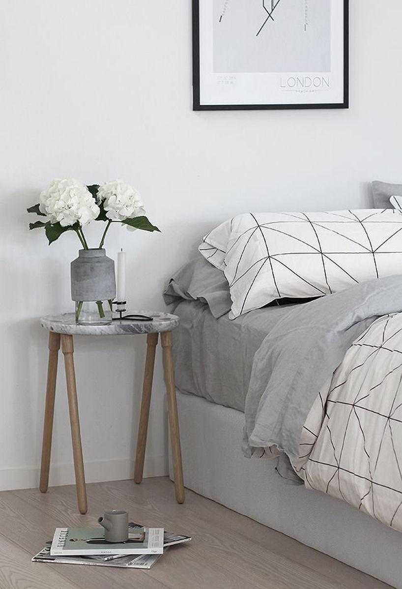 Những món đồ nội thất góc cạnh tròn sẽ phù hợp hơn với những phòng ngủ và cũng giúp lối đi rộng hơn