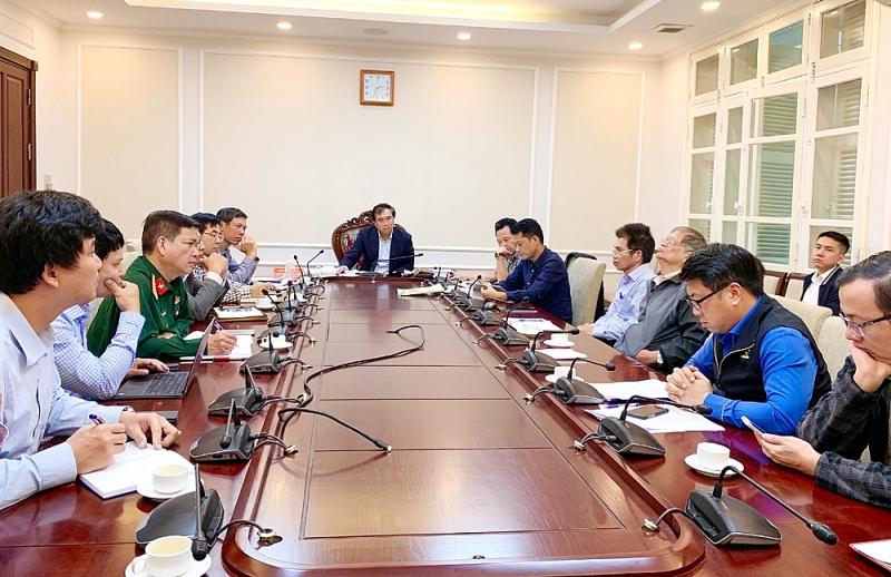 Thứ trưởng Lê Quang Hùng chủ trì cuộc họp với đại diện các Cục, Vụ, Viện chức năng thuộc Bộ Xây dựng, Bộ Nông nghiệp và Phát triển nông thôn, Công ty tư vấn khảo sát USCo, Tổng Công ty Sông Đà, đại diện Cục doanh trại Bộ quốc phòng, các chuyên gia…