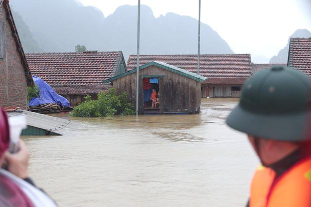 Một ngôi nhà phao ở Tân Hoá trong đợt lũ vừa rồi tại Quảng Bình (Ảnh: Ngọc Thắng)