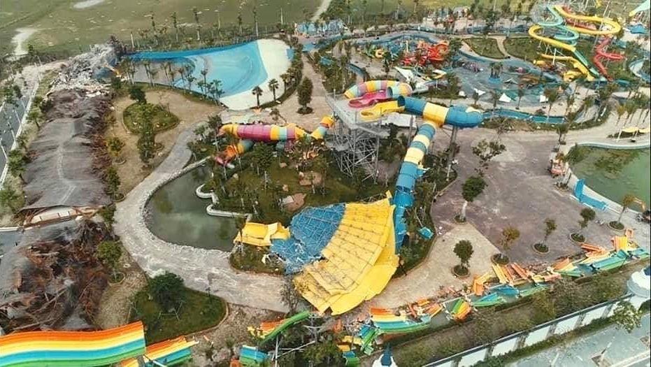 Công viên nước Thanh Hà xây dựng trên diện tích đất không quy hoạch công viên nước (quy hoạch phê duyệt là đất công cộng, cây xanh thể dục thể thao thành phố, khu ở), xây dựng không phép...