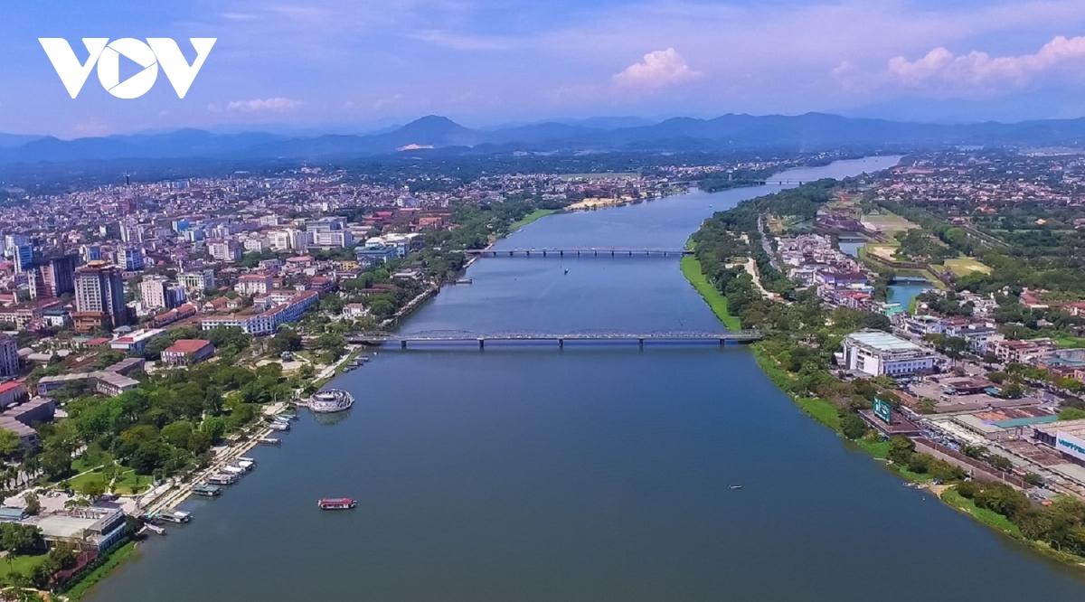 Sông Hương trục xương sống trong quá trình mở rộng đô thị Huế
