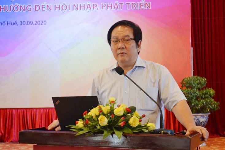 Ông Đỗ Thanh Tùng – Viện trưởng Viện Kiến trúc quốc gia phát biểu tại hội thảo