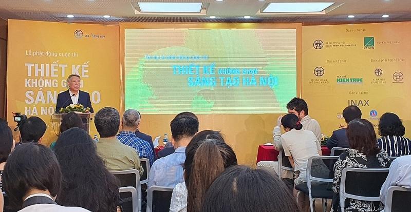 Ông Tô Văn Động - Giám đốc Sở Văn hoá và Thể thao Hà Nội phát động cuộc thi