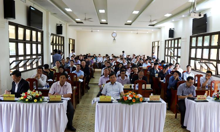 Toàn cảnh hội nghị lấy ý kiến đối với Đồ án quy hoạch chung TP Bảo Lộc và vùng phụ cấn đến năm 2040