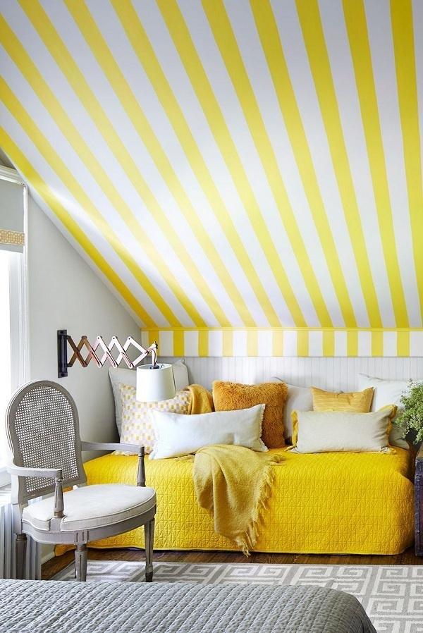 Màu vàng chanh mang lại cảm giác vui tươi, trẻ trung, dịu ngọt cho phòng ngủ. Kết hợp màu vàng chanh với màu trắng và ghi sẽ giúp phòng ngủ thoáng mát hơn.