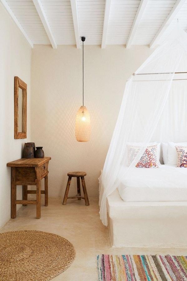 Ai nói màu be là nhàm chán? Tông màu này mang lại không khí ấm áp và tinh tế, đây là một trong những màu sơn tốt nhất cho phòng ngủ. Màu kem sẽ tương phản vừa đủ với nội thất sáng, đồng thời mang lại chút dịu dàng cho không gian.