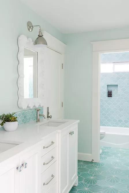 Gạch phòng tắm màu ngọc lam