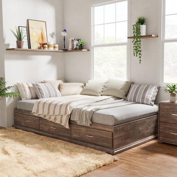 Nhà nhỏ thì sao, sắm ngay chiếc giường kiêm tủ quần áo này để vừa có giấc ngủ ngon, vừa tận dụng tối đa không gian lưu trữ (Nguồn: Pinterest)