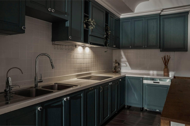 Phòng bếp và phòng khách được tách riêng để đảm bảo công năng của từng khu vực