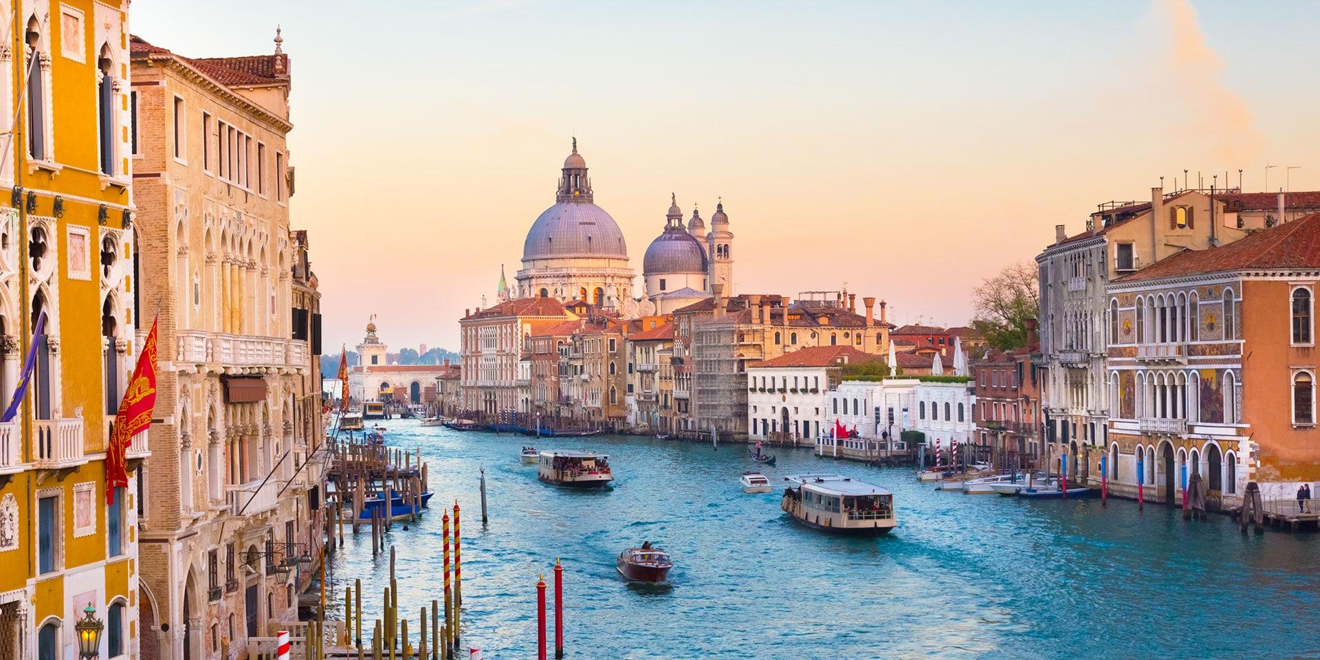"""Thành phố """"ngập nước"""" Venice (Italia)"""