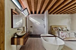 Bố trí nhà vệ sinh trong phòng ngủ hợp phong thủy