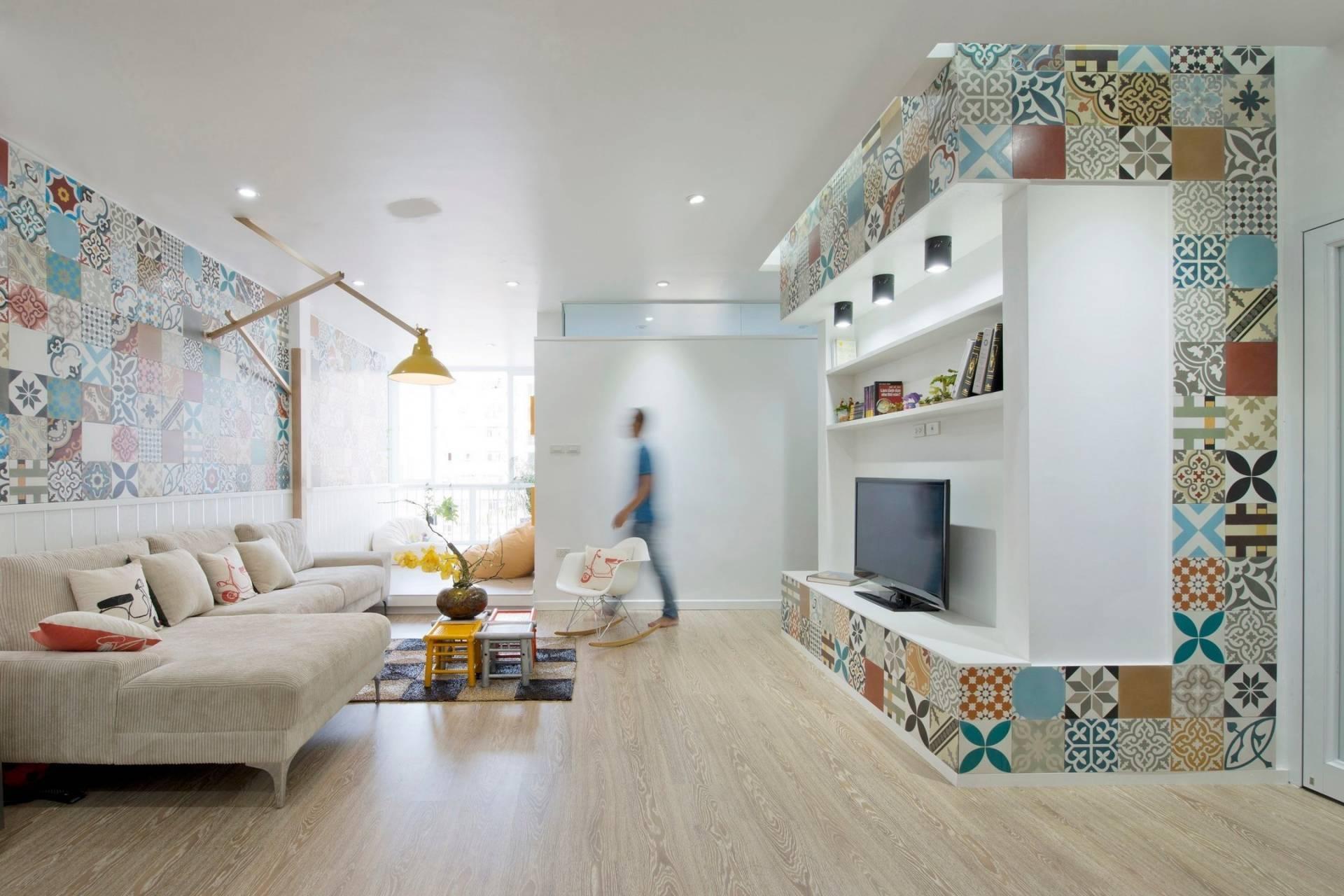 Phá cách với gạch bông trang trí trên tường ở phòng khách