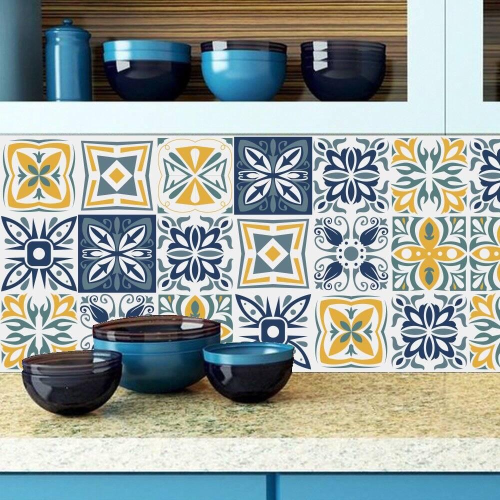 Tường bếp là khu vực lát gạch bông ưa thích của nhiều gia chủ
