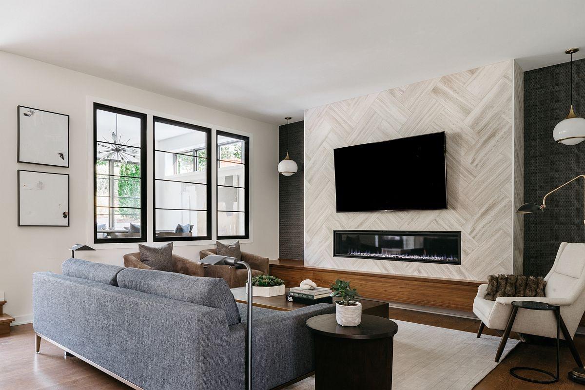 Với những lò sưởi được thiết kế hiện đại, kiểu dáng đẹp thì việc đặt chiếc tivi lên trên sẽ là một xu hướng trang trí cực kỳ hot trong năm nay