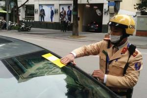 Phạt nguội có 'trị' được nạn đỗ xe bừa bãi tại Hà Nội?