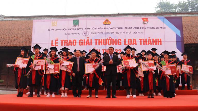 """Sinh viên được Hội KTS Việt Nam trao Bằng """"Sáng tạo kiến trúc"""""""