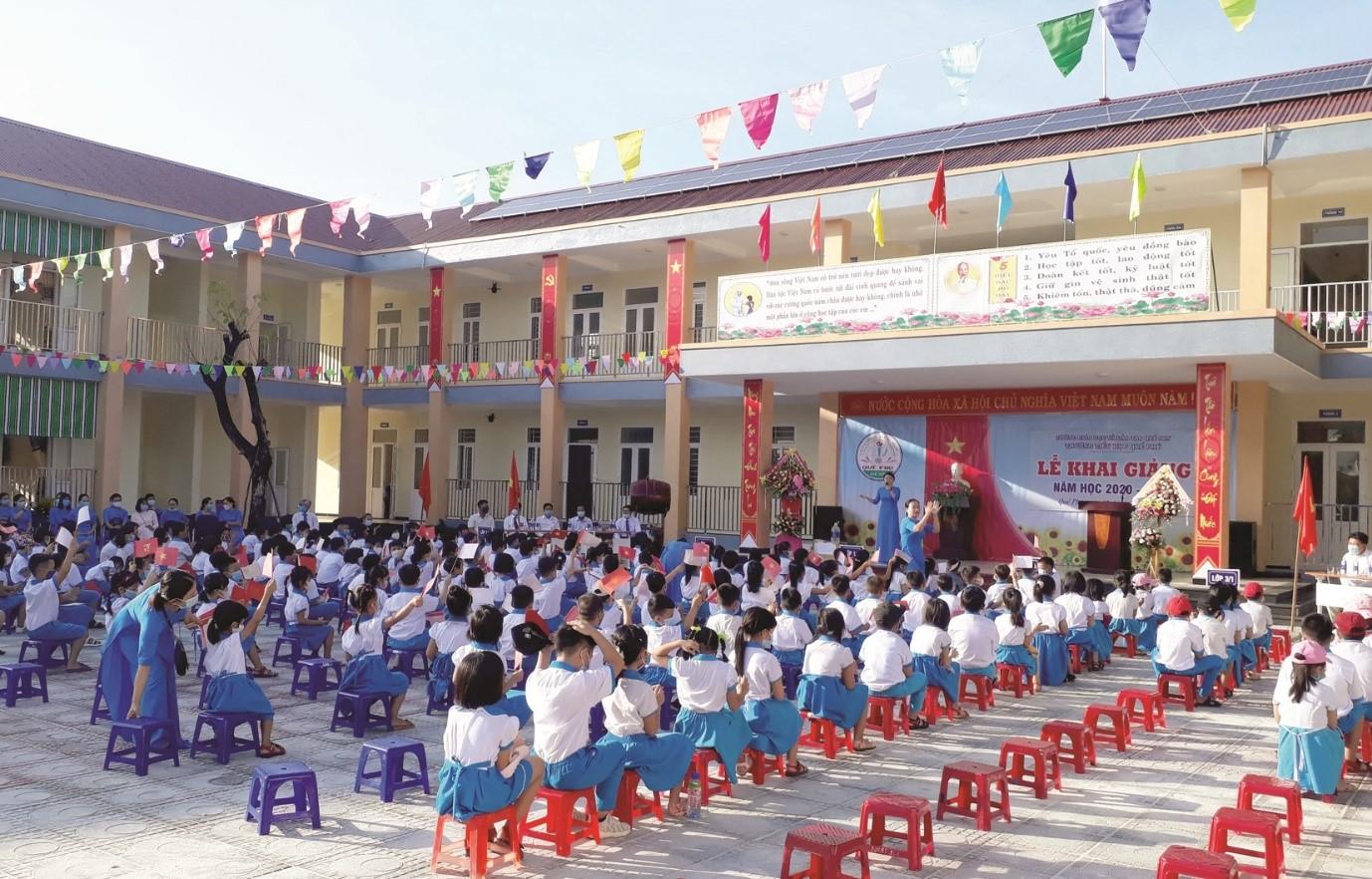 Trường Tiểu học Quế Phú (huyện Quế Sơn, Quảng Nam) được đầu tư xây mới kiên cố, khang trang, được đưa vào sử dụng đúng dịp khai giảng năm học mới 2020 - 2021