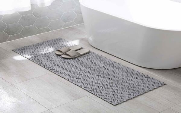 Những tấm thảm chống trơn này có tác dụng chính là bảo vệ an toàn cho người sử dụng
