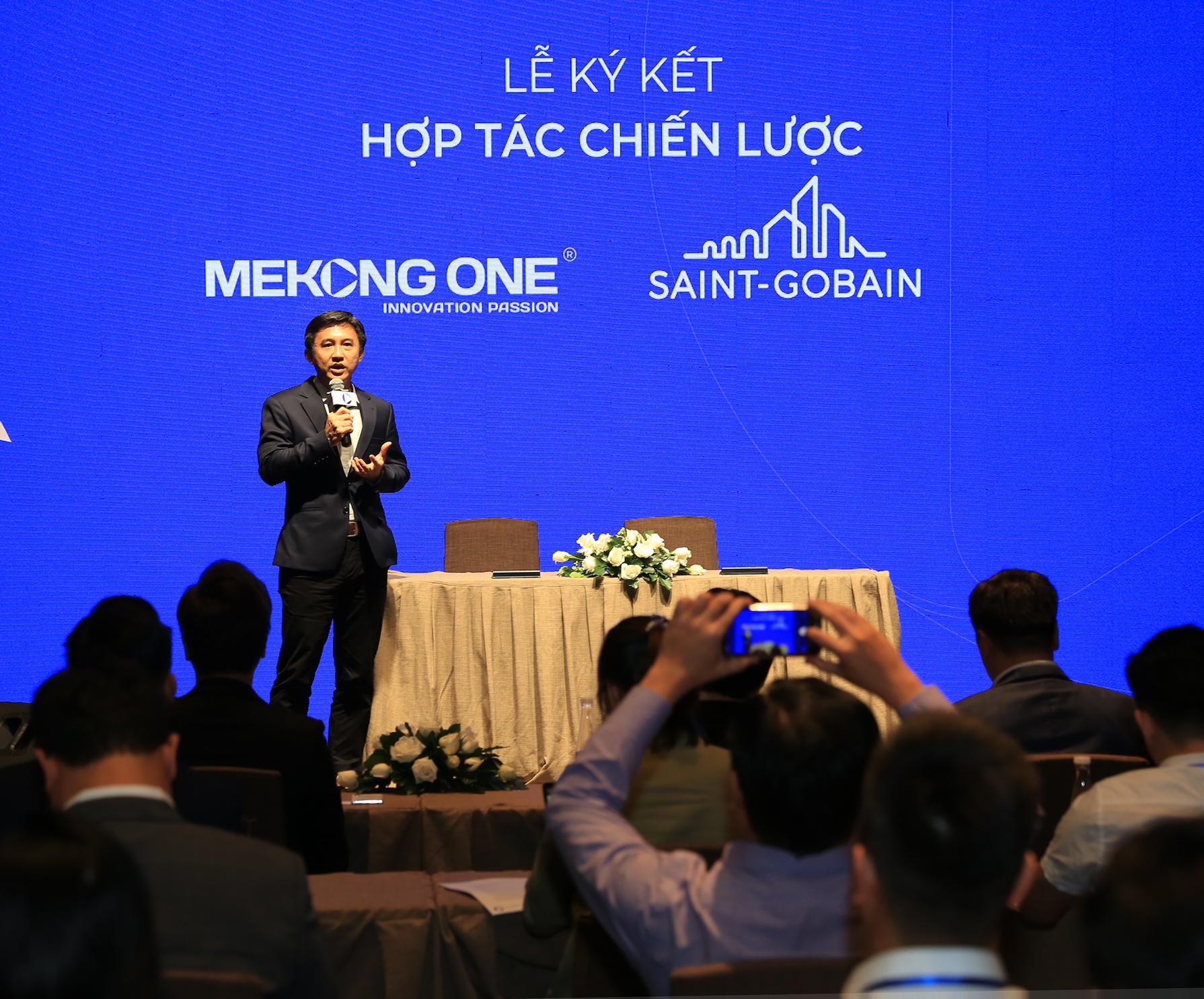Đại diện Saint-Gobain phát biểu tại sự kiện, Ông Nguyễn Trường Hải - TGĐ Saint-Gobain tai Việt Nam 02 1