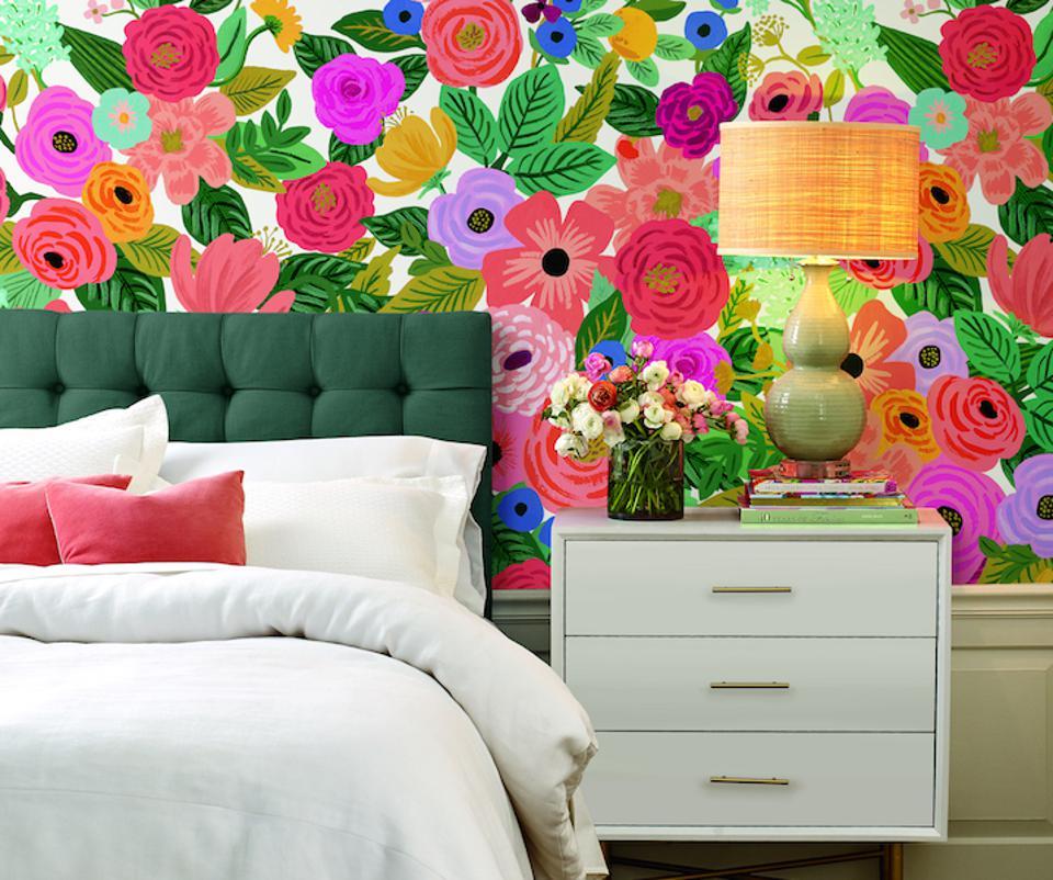 Một bức tường được trang trí ấn tượng