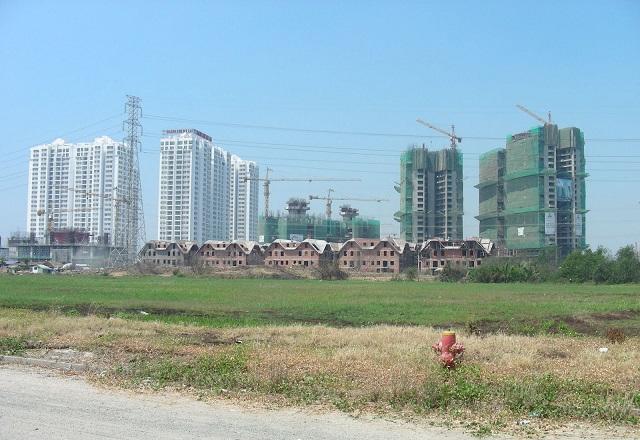 Cần nới quy định về quy chuẩn kỹ thuật quốc gia về quy hoạch xây dựng để huy động vốn từ doanh nghiệp xây dựng hạ tầng ngoài dự án quy mô nhỏ. Ảnh: Doãn Thành