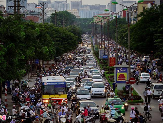 Tắc đường Nguyễn Khánh Toàn