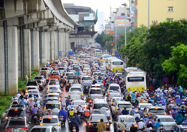 Tắc đường Trần Phú - Hà Đông