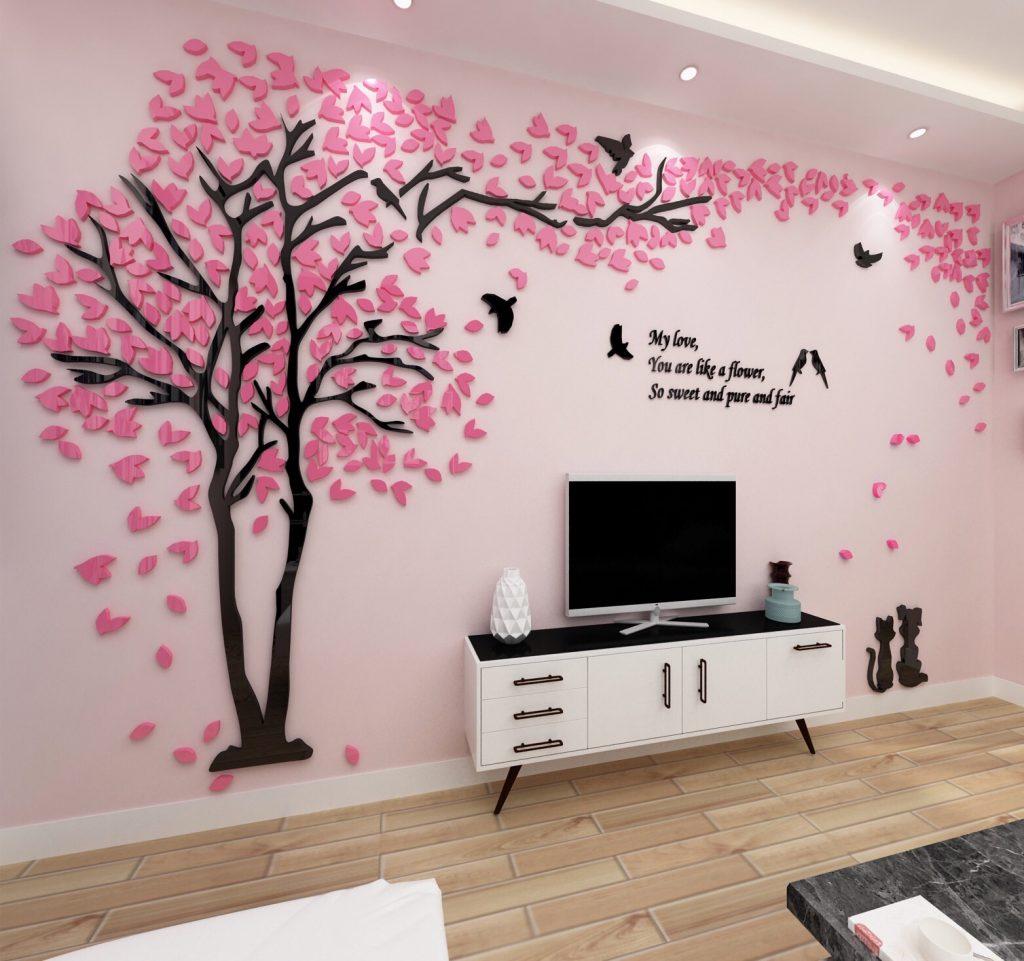 Thay đổi màu sơn hoặc giấy dán tường mới giúp căn nhà thêm lộng lẫy