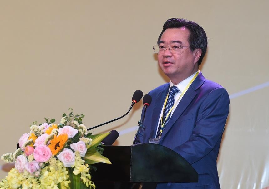 Thứ trưởng Bộ Xây dựng Nguyễn Thanh Nghị phát biểu tại Hội nghị. Ảnh: VGP/Quang Hiếu