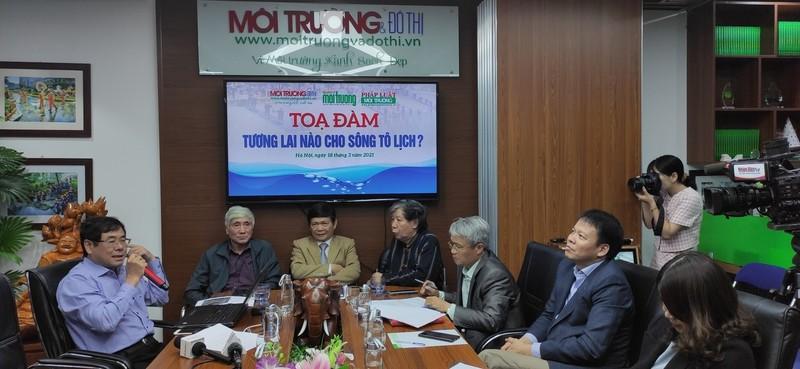 Các chuyên gia thảo luận tại buổi tọa đàm
