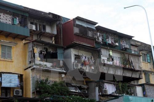 Hà Nội có hơn 1.500 chung cư cũ, khu tập thể cũ. Ảnh: TTXVN