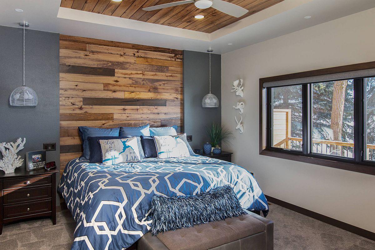 Kết hợp các điểm nhấn bằng gỗ với màu sắc tươi sáng trong phòng ngủ