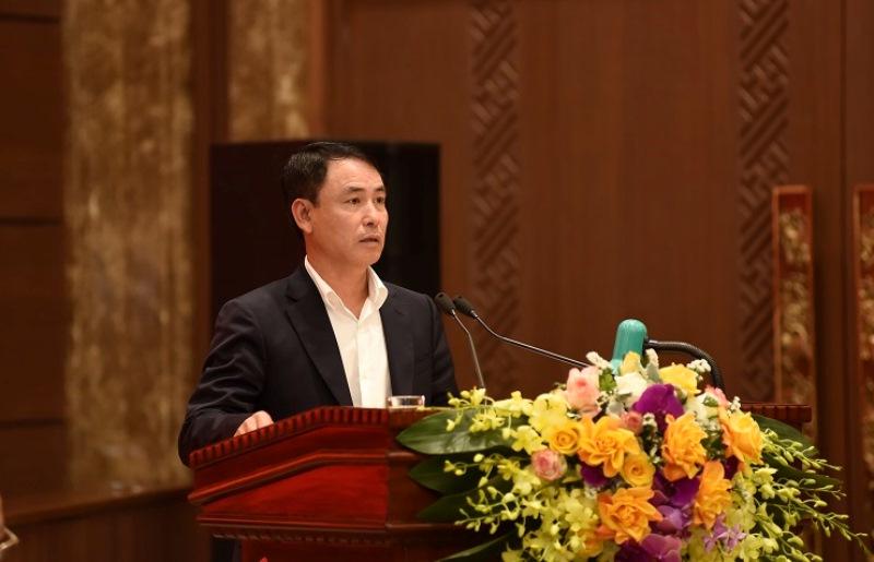 Phó Chủ tịch UBND TP Nguyễn Trọng Đông trình bày Dự thảo Chương trình số 05-CTr/TU tại hội nghị