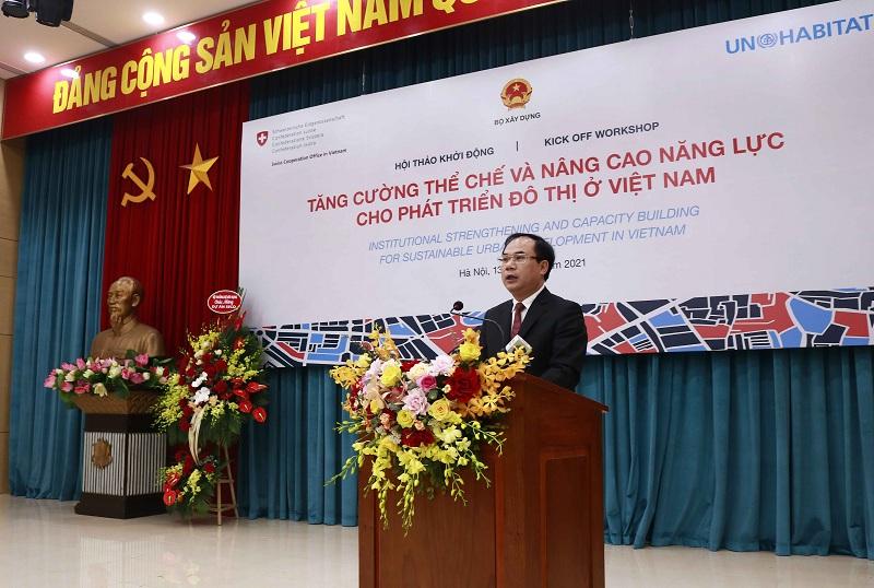 Thứ trưởng Nguyễn Văn Sinh phát biểu tại hội thảo