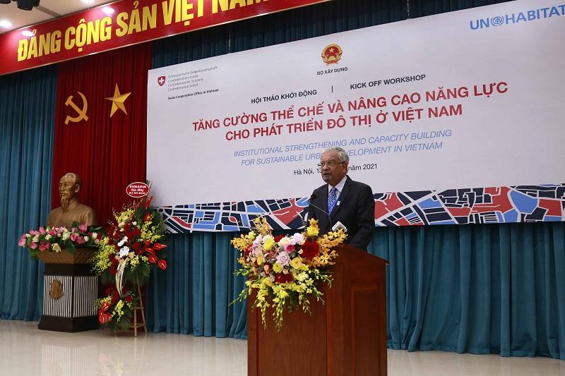 Điều phối viên Thường trú Liên Hợp Quốc tại Việt Nam Kamal Malholtra phát biểu tại hội thảo