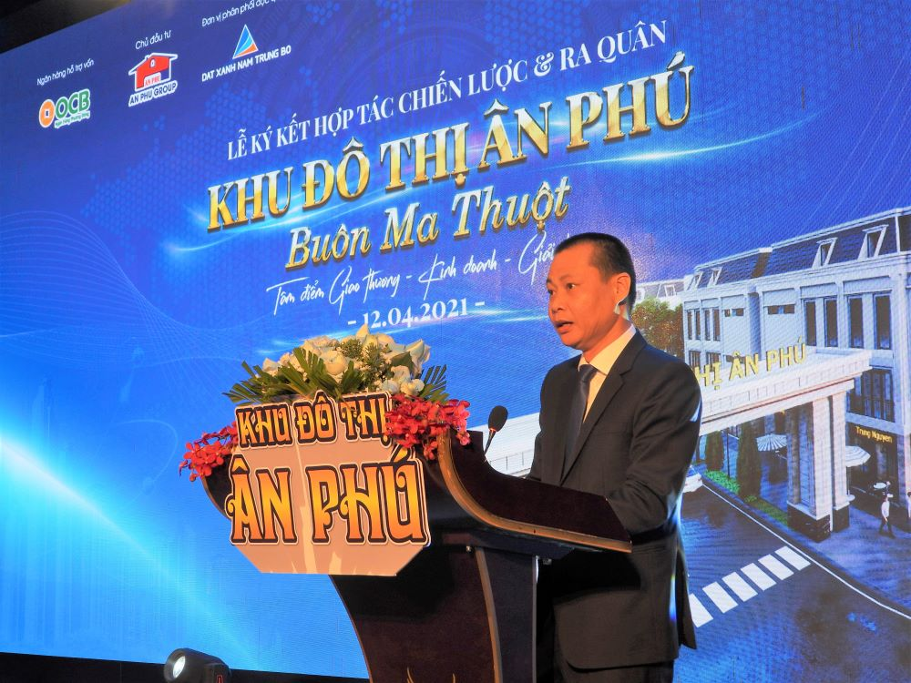 Ông Nguyễn Quốc Trường, Đại diện Công ty cổ phần Đầu tư - Phát triển đô thị Ân Phú phát biểu tại buổi Lễ