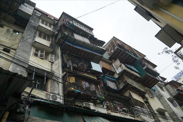 Hầu hết chung cư cũ trên địa bàn TP Hà Nội đều đã xuống cấp