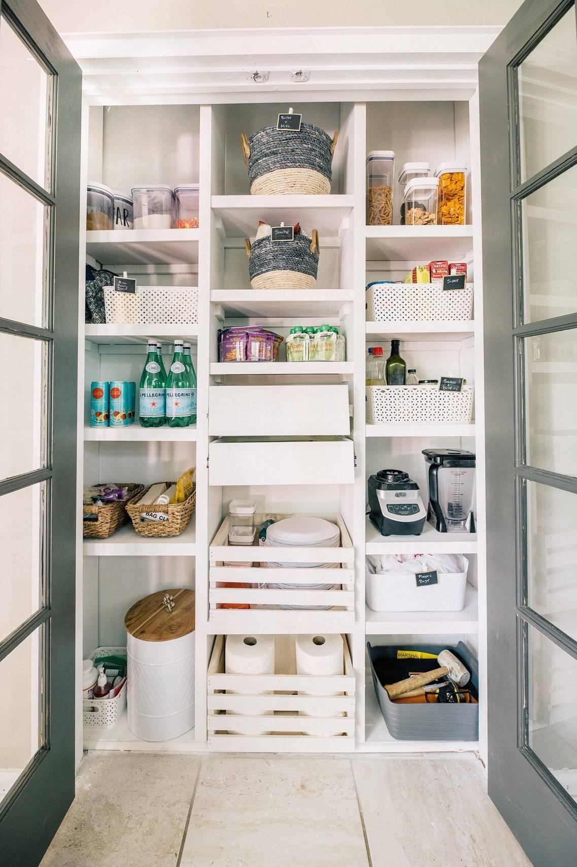 Neat-pantry-shelving-ideas-26528