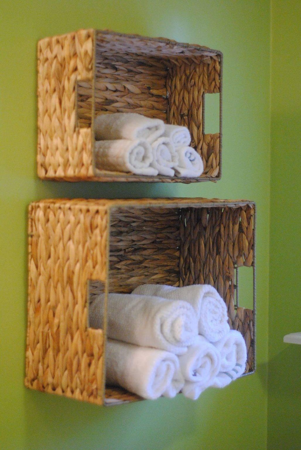 Ý tưởng lưu trữ này không những không tốn kém mà còn mang lại cảm giác mộc mạc cho phòng tắm của bạn.