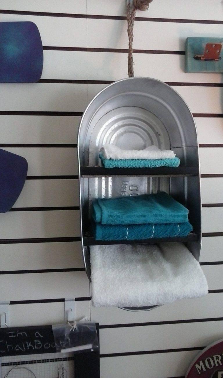 Tái chế và biến nó thành giá treo khăn tắm cũng là một ý tưởng tuyệt vời